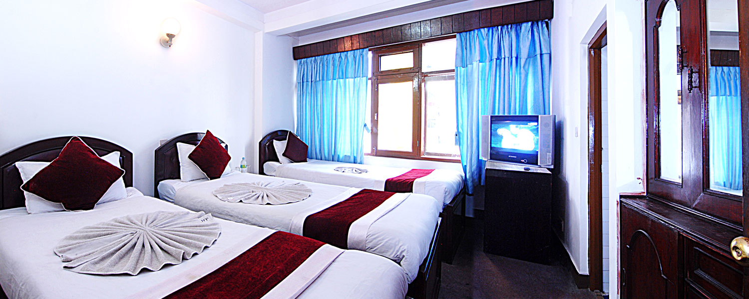 Hotel Lily - Triple Bed Room